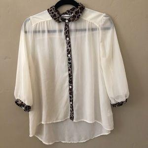 Lush M Off White Cheetah Print Button Down Blouse